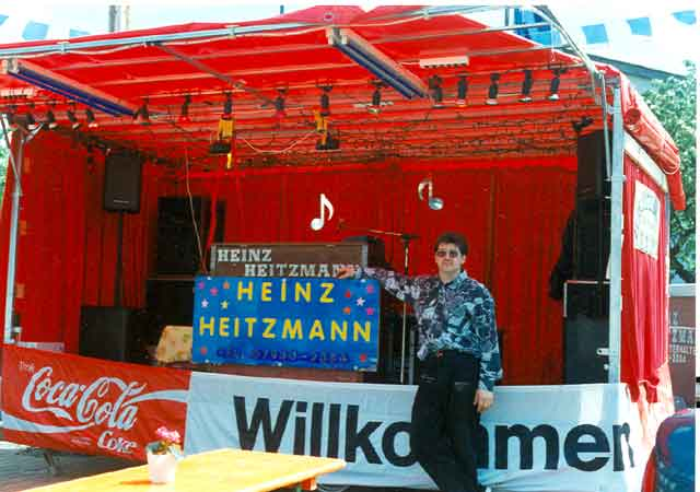 Showbühne Frühlingsfest Althausen