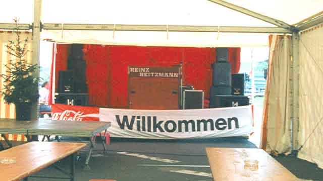 Showbühne als Zeltanbau beim Sportfest 1